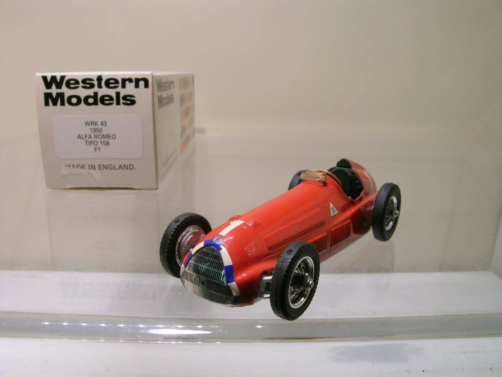 WESTERN MODELS 43 ALFA ROMEO F1 TIPO158 1950 RED WHITEMET.FACT.HANDB.+BOX 1 43