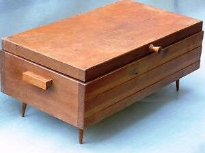 n hkasten schatulle schmuckk stchen 60er 70er jahre holz nierentisch ddr veb alt ebay. Black Bedroom Furniture Sets. Home Design Ideas