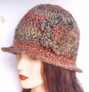 CROCHET-LADIES-CLOCHE-HAT-festival-knit-hippy-vintage-cowl-scarf-gloves-set-39