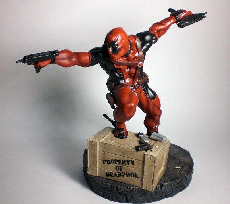 Marvel comics Deadpool 10in  Fine Art Statue by Kotobukiya figurine