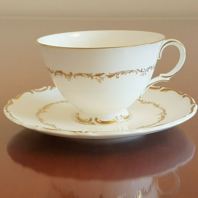 Royal Doulton Richelieu White Footed Tea Cup and Saucer Gold Scrolls Leaves