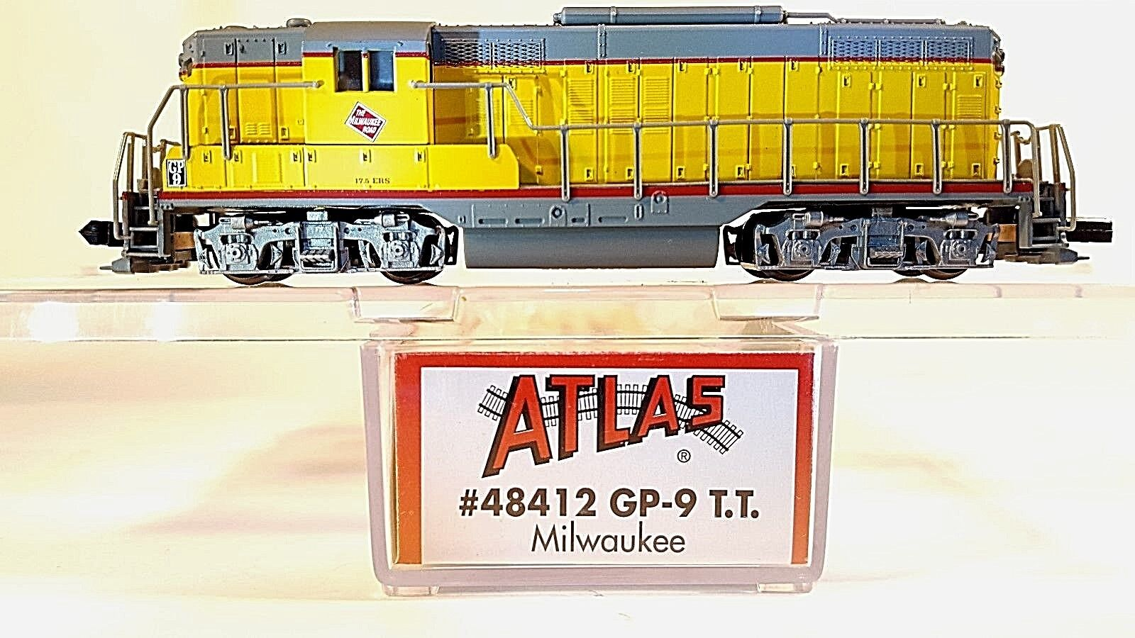 N ATLAS 48412 GP-9 TT Milwaukee Locomotive (Tested)