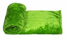GREEN SOFT FLEECE THROW BLANKET 130CM X 150CM