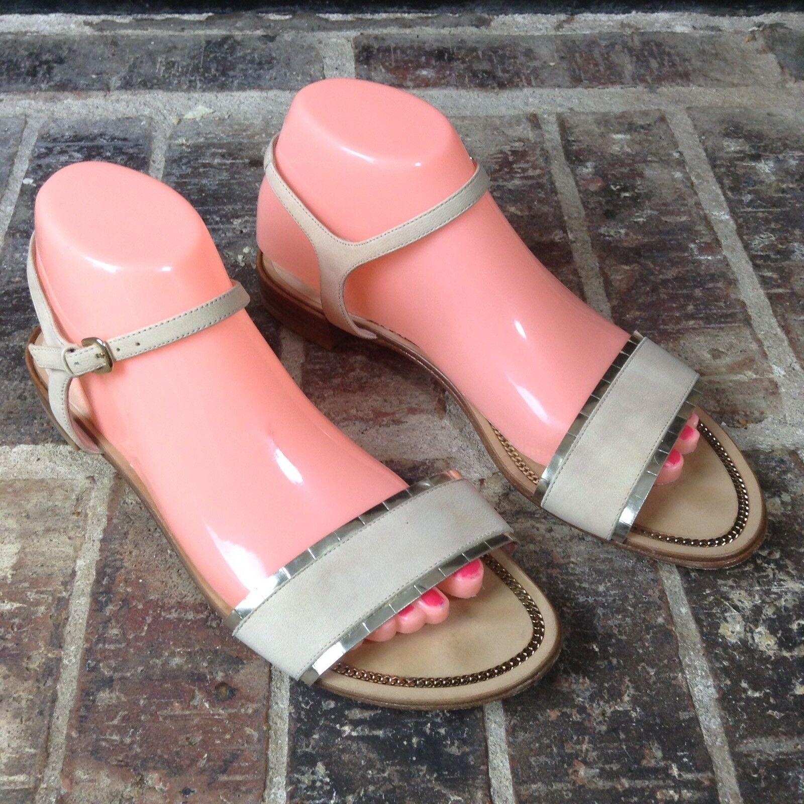 Stuart Weitzman PW56163 Nude/Beige Ankle Strap Flats Sandales Metallic Tabs Sz 8