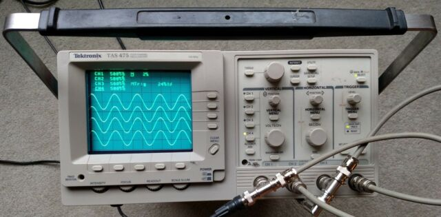 TEKTRONIX TAS475 4 Channels 100Mhz OSCILLOSCOPE Calibrated, Two Probes