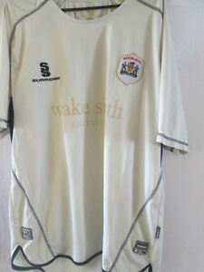 2009-2010-Barnsley-Away-Football-Shirt-Size-large-3076d-from-previous-season