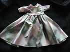 ROBE DE POUPEE ANCIENNE EN SOIE ANNEES 50 / VINTAGE DOLL DRESS/SFBJ UNIS FRANCE