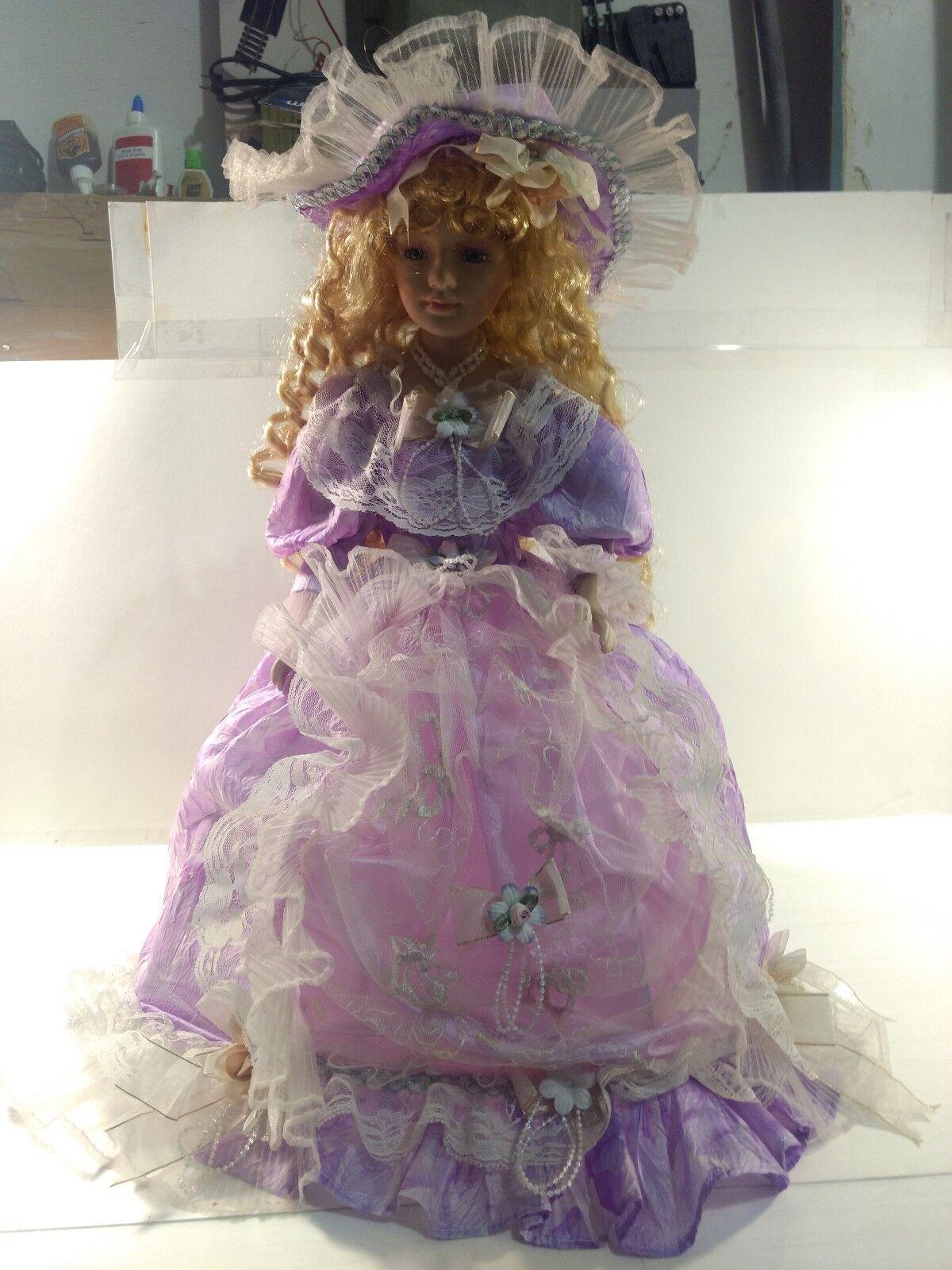 Victorian Style Porcelain Umbrella 21 Inch Doll In púrpura Dress Hat & Fan ds1332