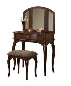 Wooden Make Up Tri Fold Mirror Vanity Set With Stool And