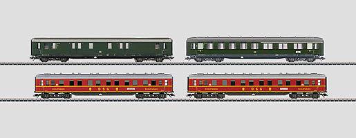 MÄRKLIN H0 43204 Express Train Car Set Night Train Passenger Car NIP