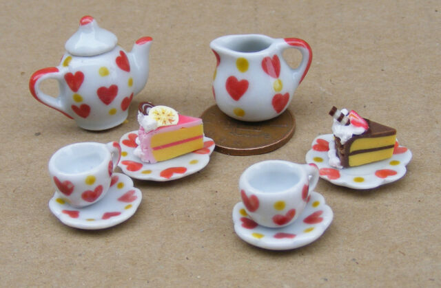 1:12 Scale Ceramic Heart Motif 8 Piece Tea Set & 2 Cakes Tumdee Dolls House