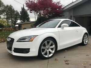 2009 AUDI TT 2.0T 2DR COUPE - VERY LOW KMS!! EXCELLENT CONDITION