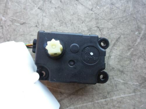 RENAULT SCENICAC FLAP STEPPER MOTOR VALEO PART # A86 F665243LD 02051206
