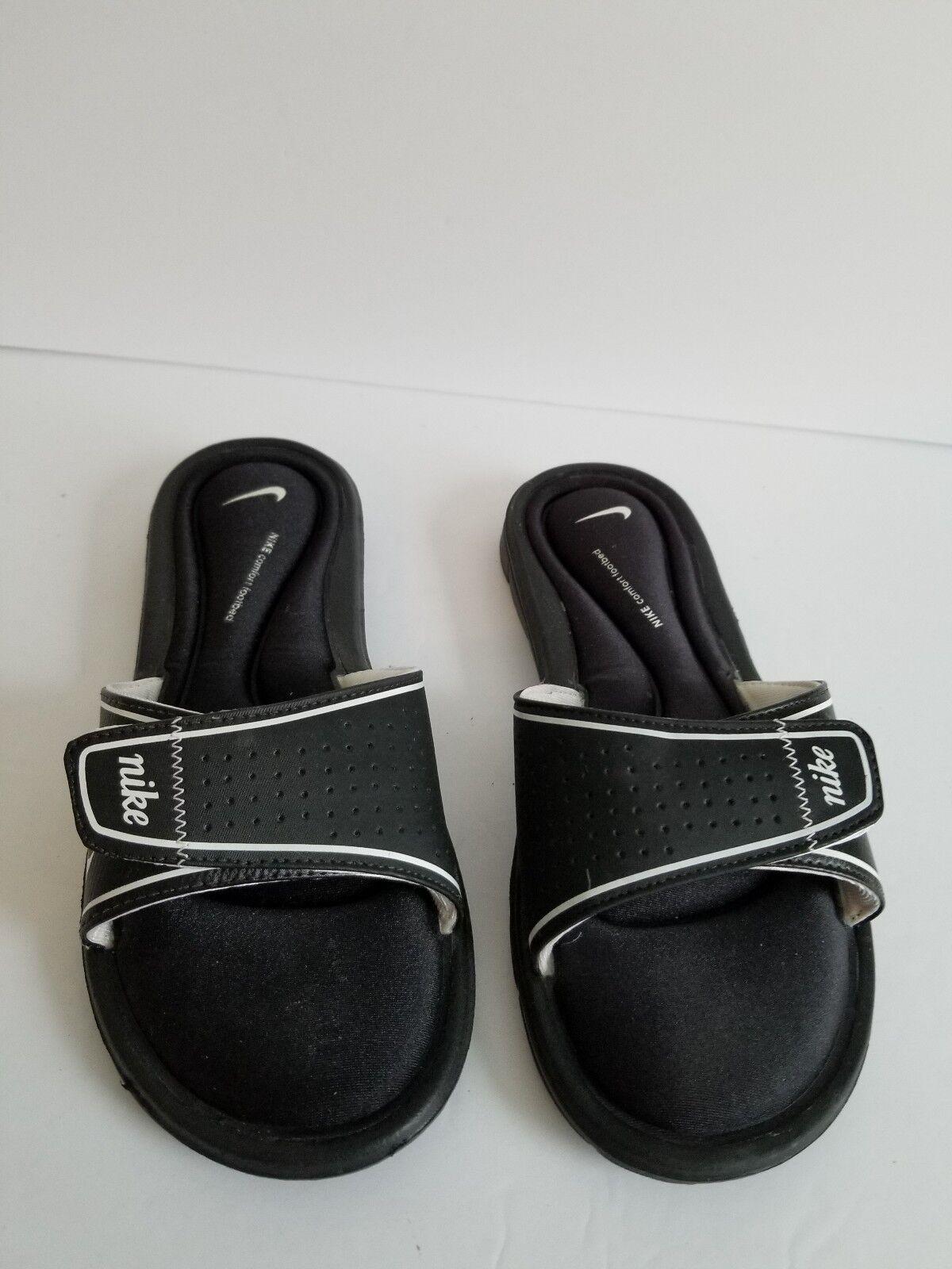 Nike conforto footbed sandles bianco e e e nero 8 | A Prezzo Ridotto  | Scolaro/Ragazze Scarpa  59e6b0
