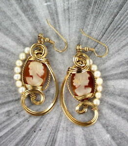 VINTAGE-SHELL-CAMEO-EARRINGS-14KT-ROLLED-GOLD-WIRE-WRAPPED-hand-carved-pearls