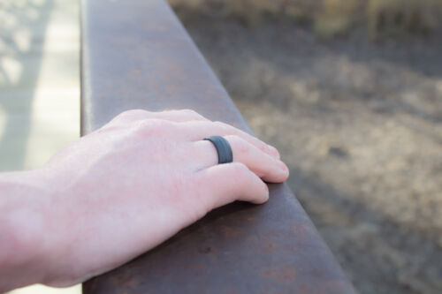 Double-Debossed Flexible Hypoallergenic Silicone Mens Wedding Band Ring Black
