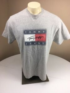 5458b1537 Vintage 90s Tommy Hilfiger Grey Short Sleeve Flag Tag Box Logo T ...