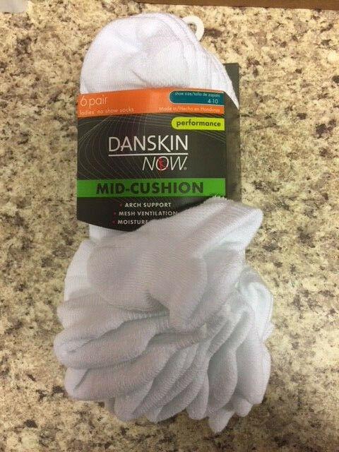 White Danskin Now Women/'s Mid-Cushion No Show Socks 6 Pack