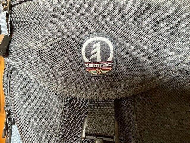 Tamrac Camera Bag , excellent condition with shoulder strap