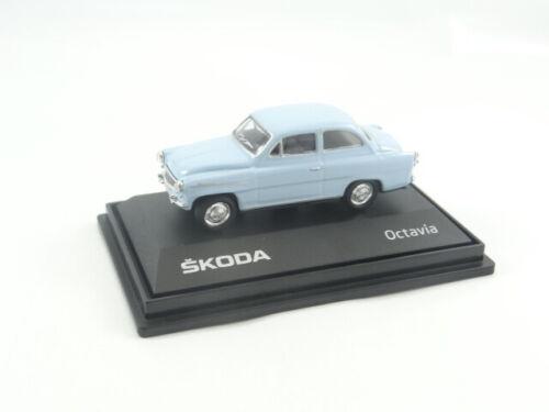 Novo Abrex Skoda Octavia Die Cast Car Model no estojo de exibição Escala 1:72 Azul Claro