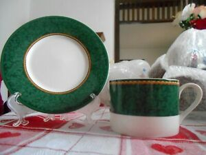 Holiday-Abundance-Cup-8-oz-amp-Saucer-Set-s-Home-Col-039-n-Porcelain-White-Green
