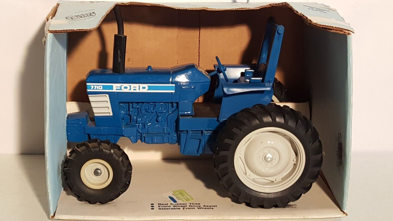 Ertl Ford 7710 w FWA 1 16 diecast metal farm tractor replica collectible