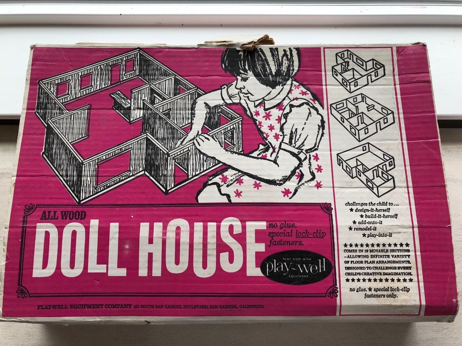 VINTAGE PLAY-WELL DOLL HOUSE in box 1960's...WOOD SECTIONAL/MULTI-DESIGN