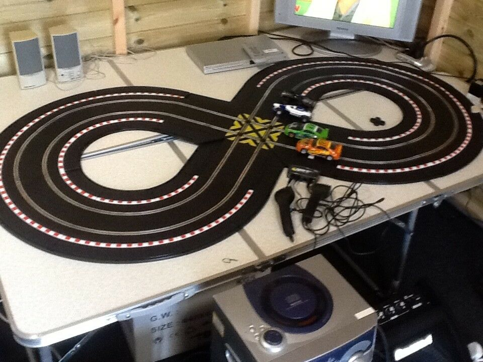 Scalextric Powerslide Set with 4 Cars Great Gift