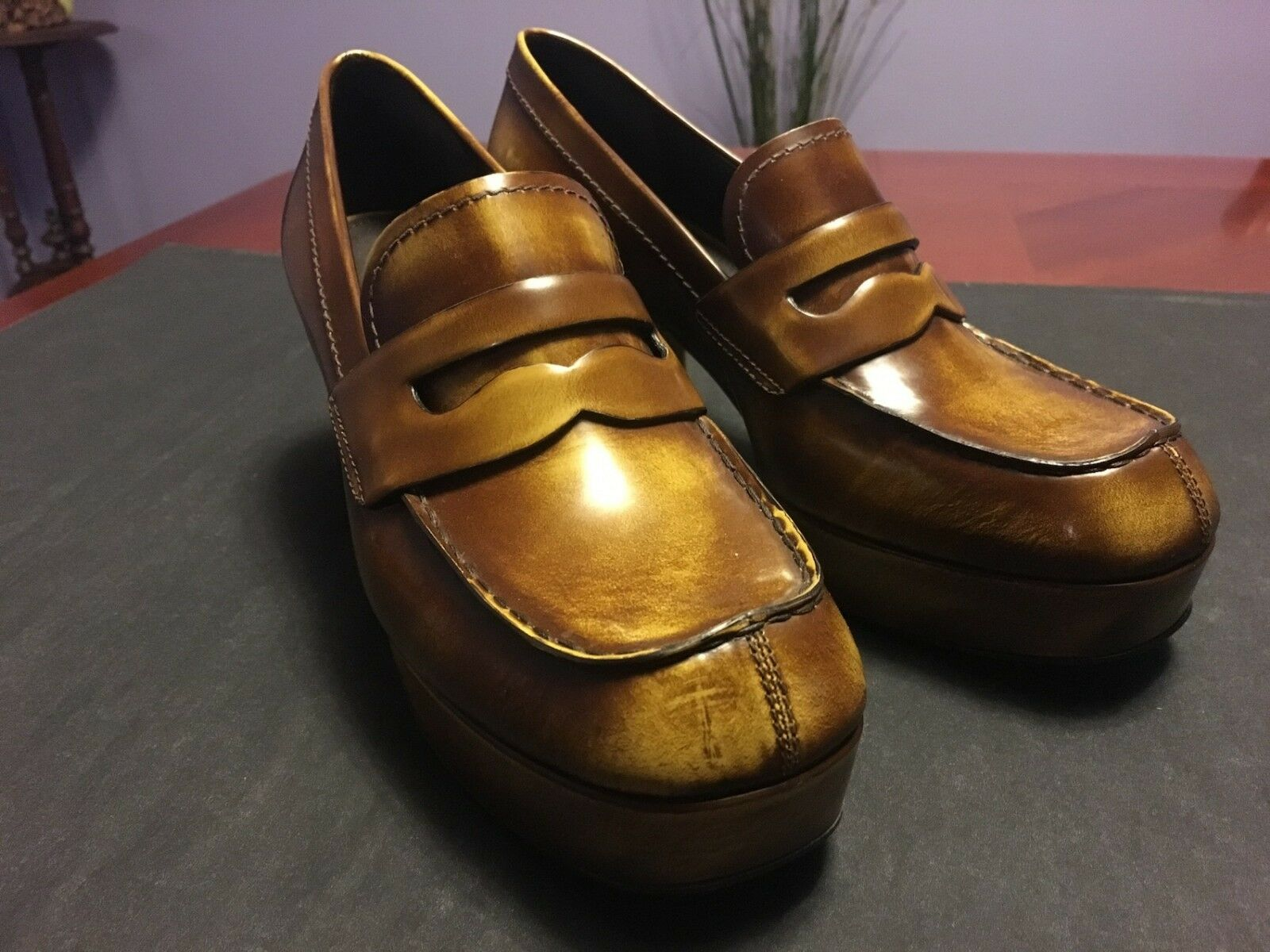 PRADA Block Heeled Penny Loafers in braun Burnished Leather, IT40