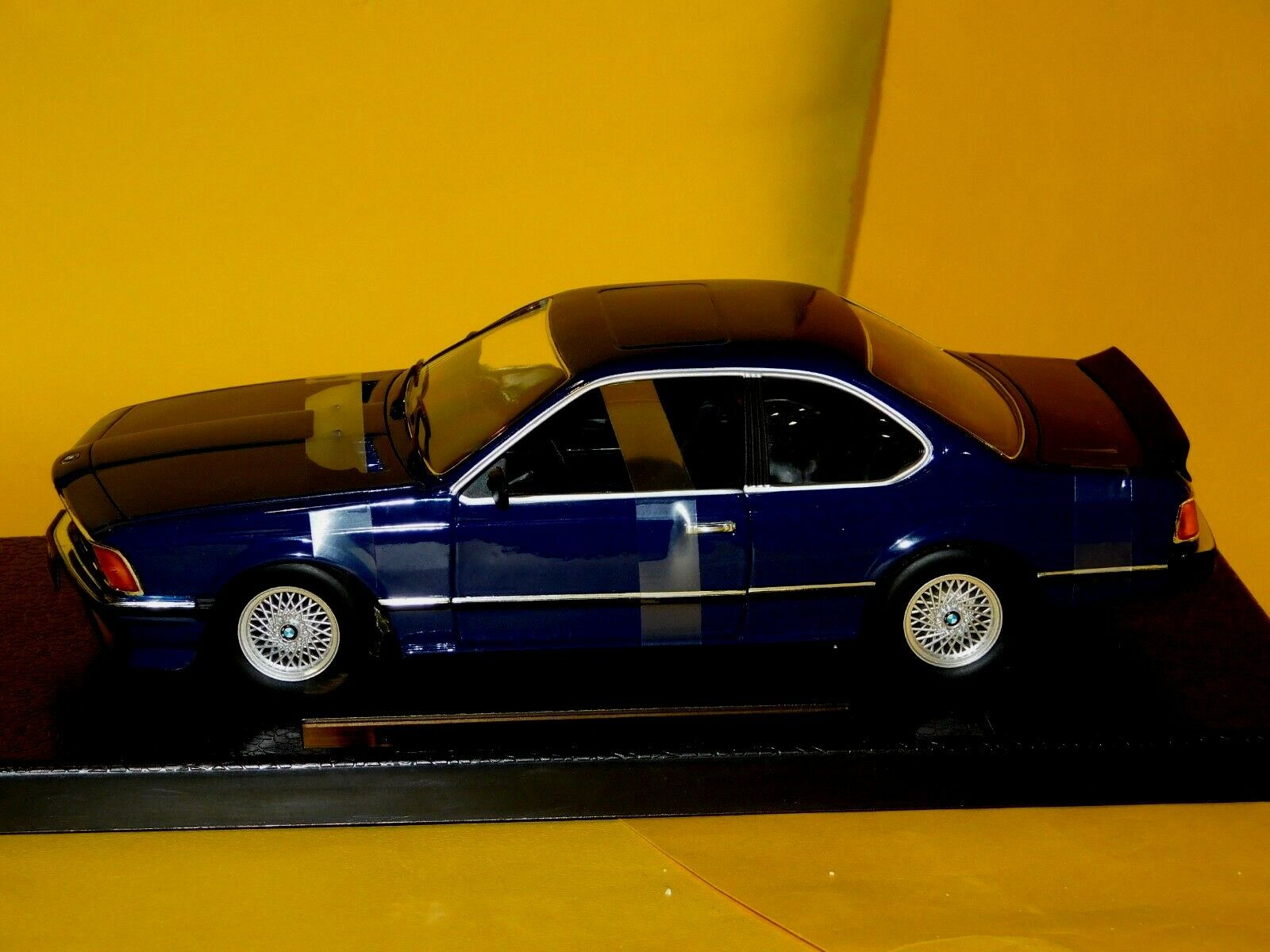 BMW 635 635 635 CSi Coupe blueE ANSON 30404 1 18 bfca39