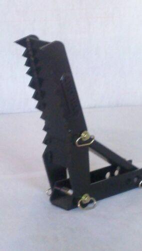 32 inch Backhoe Thumb          AMERICAN MADE
