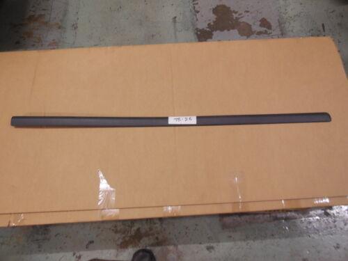 SKODA OCTAVIA 2001-2011 FRONT LEFT N//S DOOR MOULDING STAIN BLACK 1U4853515C01C