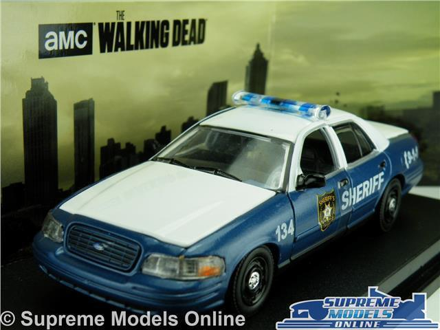 THE WALKING DEAD FORD CROWN POLICE MODEL CAR 1 43 SCALE GREENLIGHT 86504 K8