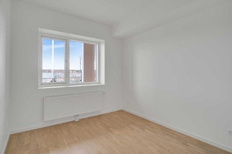 8230 vær. 2 lejlighed, m2 72, Søren Frichs Vej