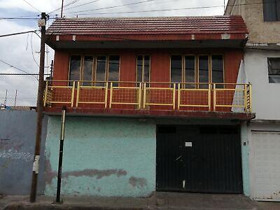 Se renta casa en San Juan Joya a 5 minutos del metro constitución y a una cuadra de Periférico