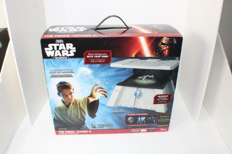 New Star Wars Force Trainer 2 Blautooth Tablet Jedi Hologram Experience Kids