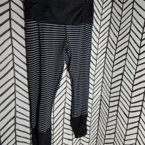 EUC Lululemon Runday striped black white Crop luxt