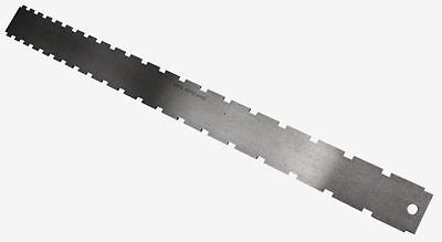 Notched Straightedge for Fingerboards