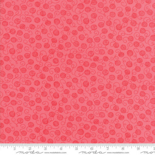 Woof Woof Meow Quilt Fabric Tangled Pink Style 20566//18