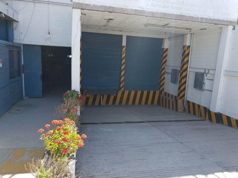 Bodega Industrial en Venta o Renta Excelentes Condiciones.