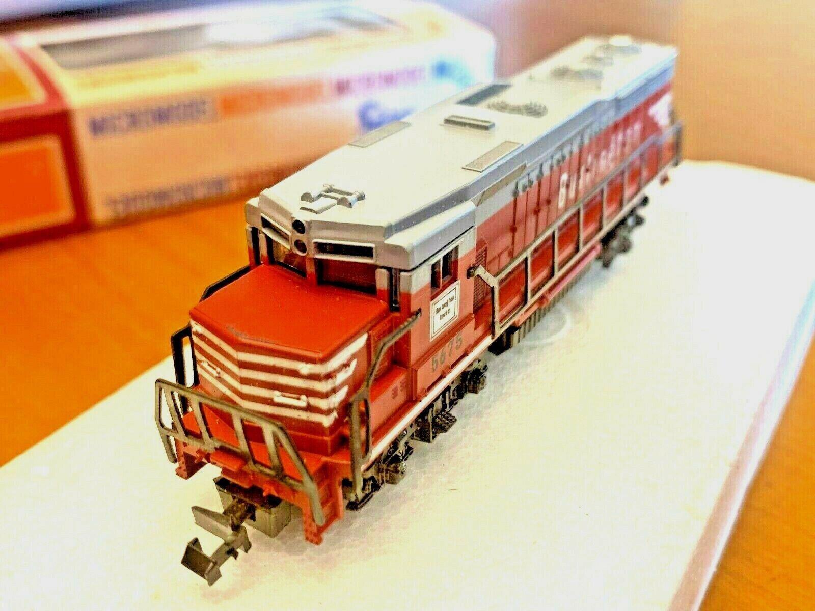 Lima N scale Burlington Ruta 5675 Locomotora Diesel Motor en Caja