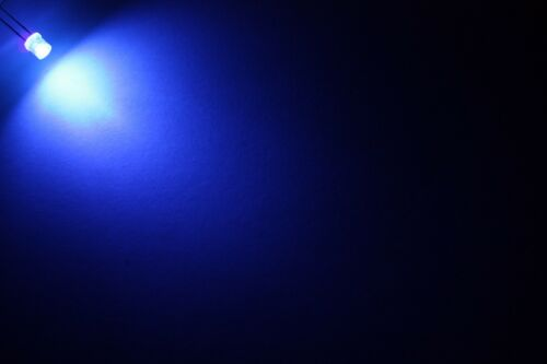 2x 5mm LED Flattop filaire 30cm Diodo resistenza 5mm