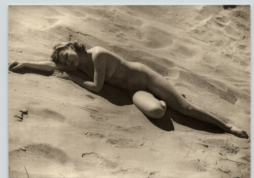 1940 Original FEMALE OUTDOOR NUDE SLEEPING SAND Woman Body JOHN EVERARD PHOTO
