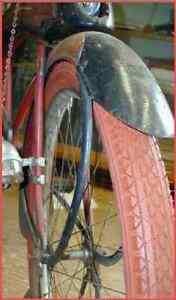 Red-Balloon-Tires-Pre-War-type-tread-Schwinn-size-26-034-FREE-Tubes-FREE-SHIP-USA
