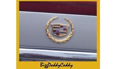NEW Cadillac 00 01 02 03 04 05 DEVILLE REAR GOLD TRUNK EMBLEM WREATH /& CREST
