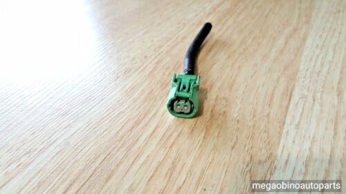 2005-2006  honda crv cr-v connector head lamp headlight socket 117