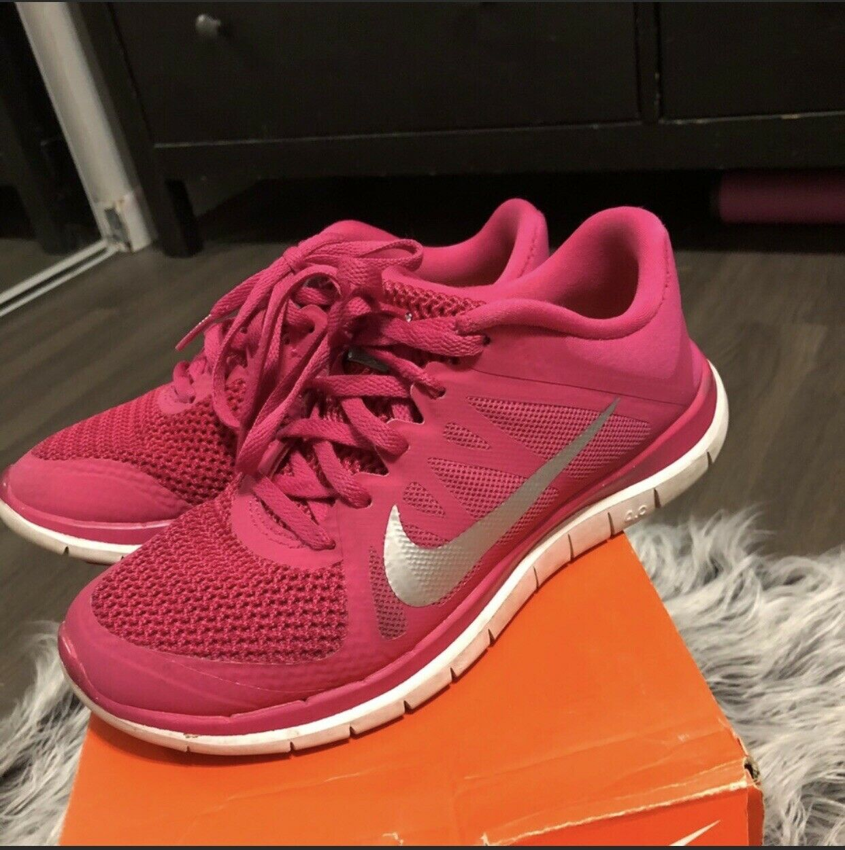 Nike free 4.0 women Size 6.5