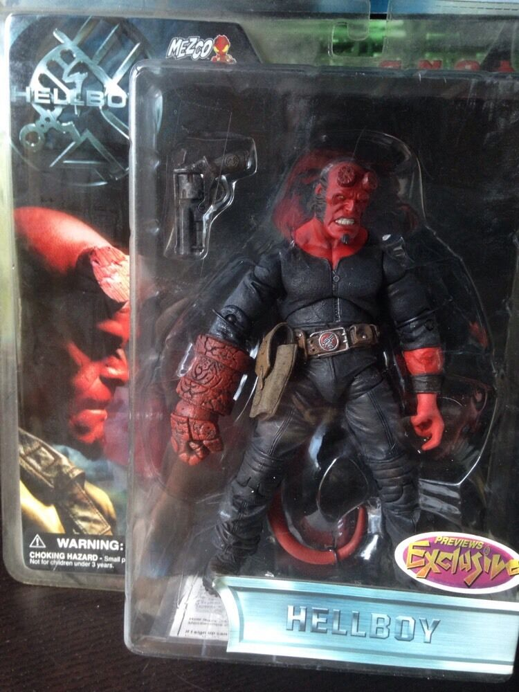 Hellboy stealth - outfit previews exklusiven 7