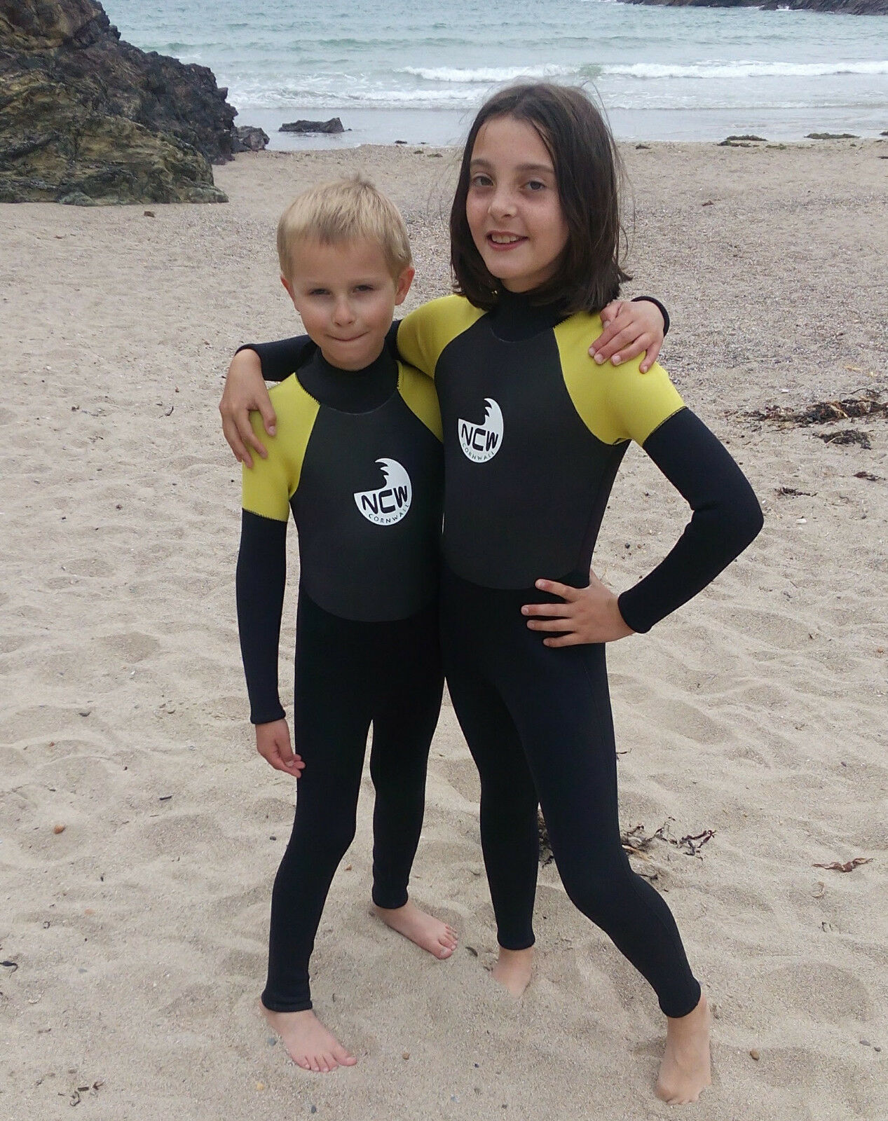 Kids winter wetsuit. Full 5mm stretch neoprene. Warm GBS seams. Age 10-14 years