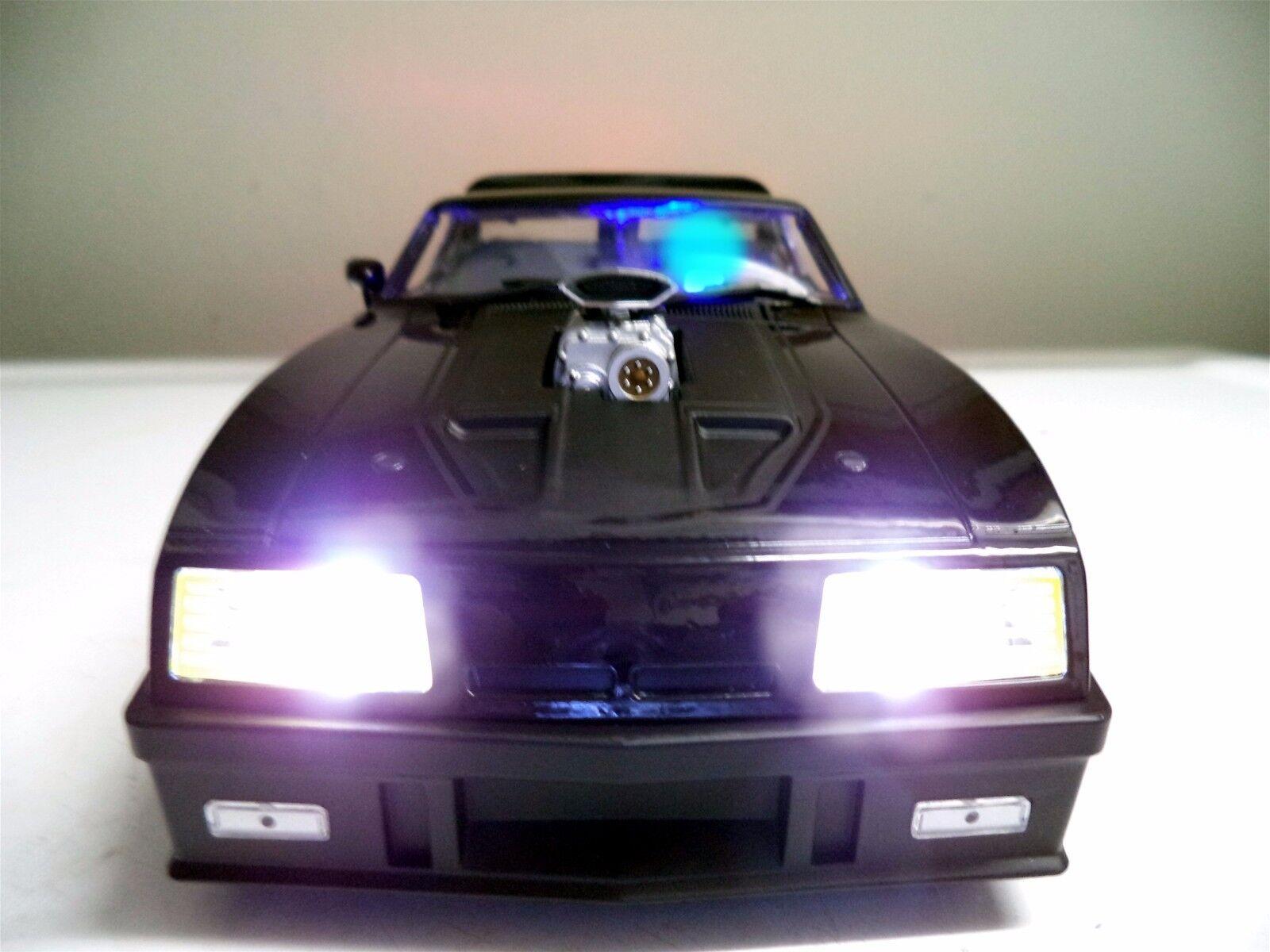 WORKING LIGHTS 1 18 Ford XB Falcon Tuned Black INTERCEPTOR 1973 Last V8 POLICE